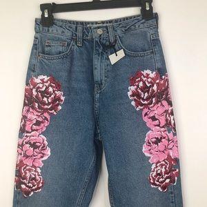 1f17aa588aa8a6 Topshop Jeans - NWT Topshop Moto Peony Print High Waist Mom Jeans